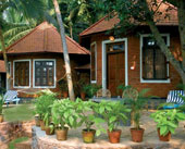 Manaltheeram-Ayurveda-Beach-Resort-Kovalam